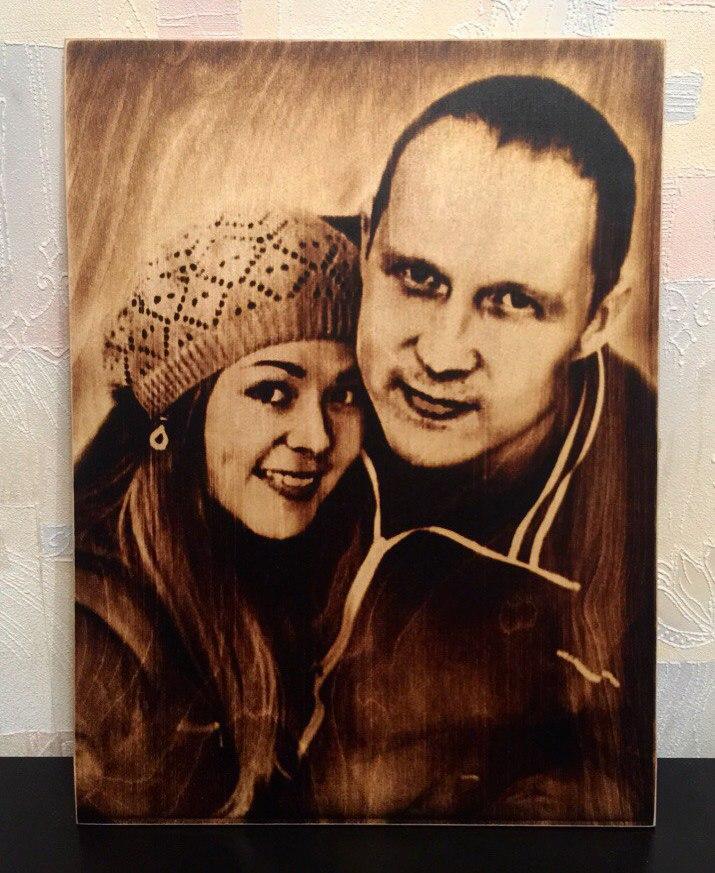 выжигание портретов по дереву на заказ в Хабаровске